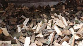 Foto 2 ofenfertiges trockenes Brennholz; 20-25cm Länge gemischt pro 65dm³