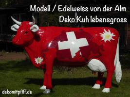 schweizer deko kuh und dann sie auf der Alm aufstellen ….