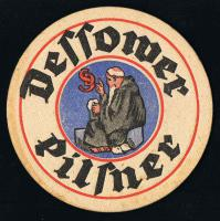 Foto 3 über 1100 verschiedene DDR Bierdeckel und über 60 Vorkriegsdeckel