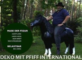 Foto 4 wie unser Nachbar hat ein neues Pferd und ne neue Kuh im Wohnzimmer sehn ...?