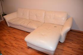 zu Verschenken Sofa Couch weiß Kunstleder gebraucht